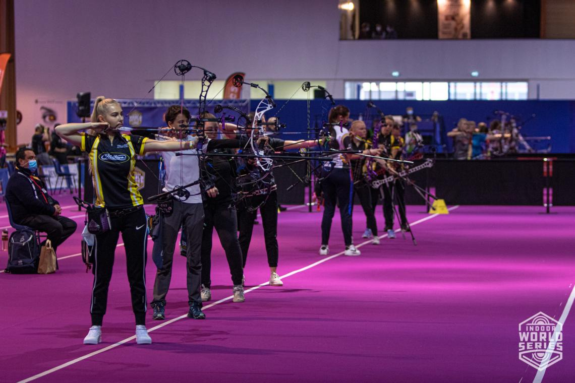 Lisell Jaatma shoots during eliminations at the Sud de France – Nimes Archery Tournament in 2021.
