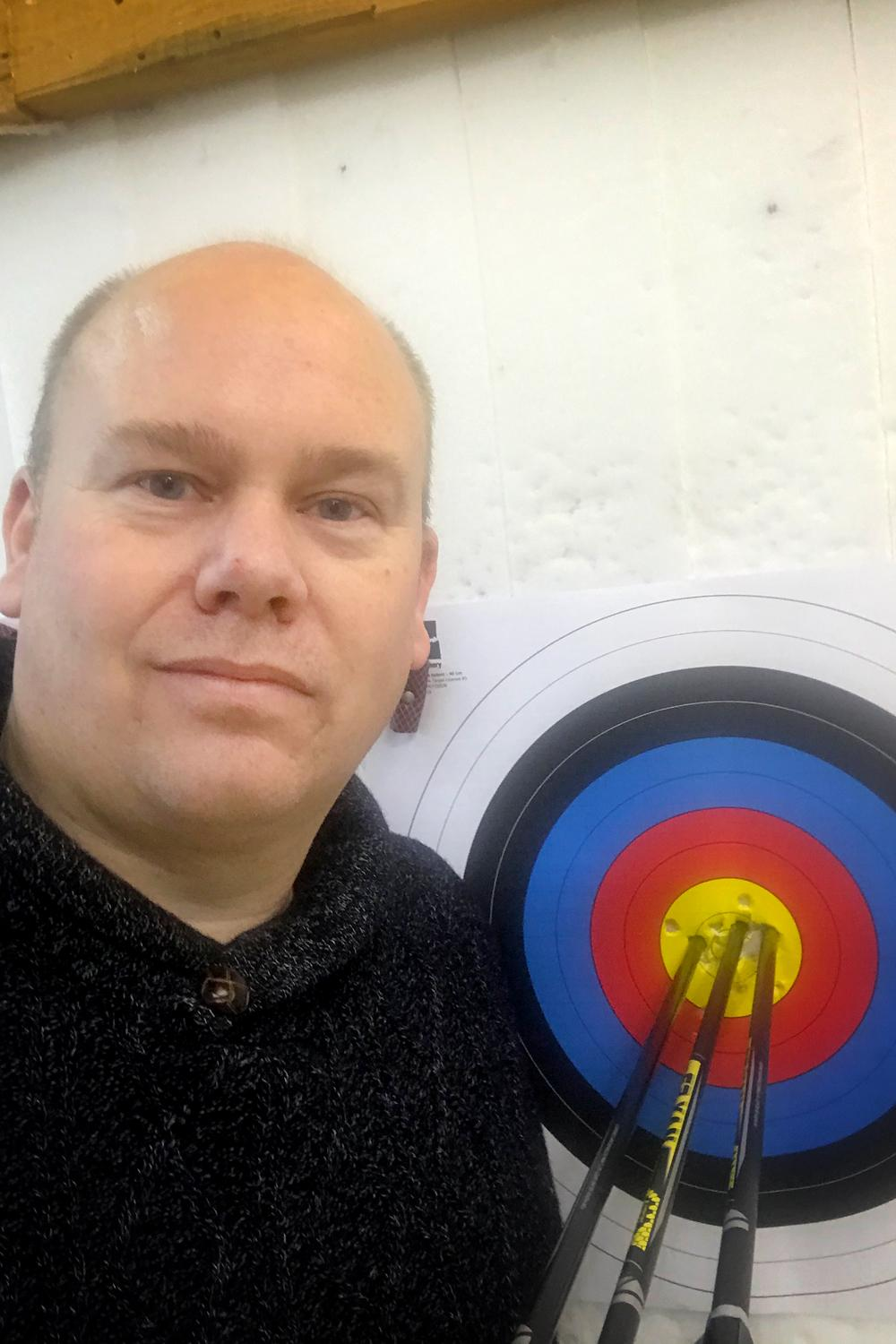 Erik Jonsson during the fourth remote stage of the 2021 Indoor Archery World Series.