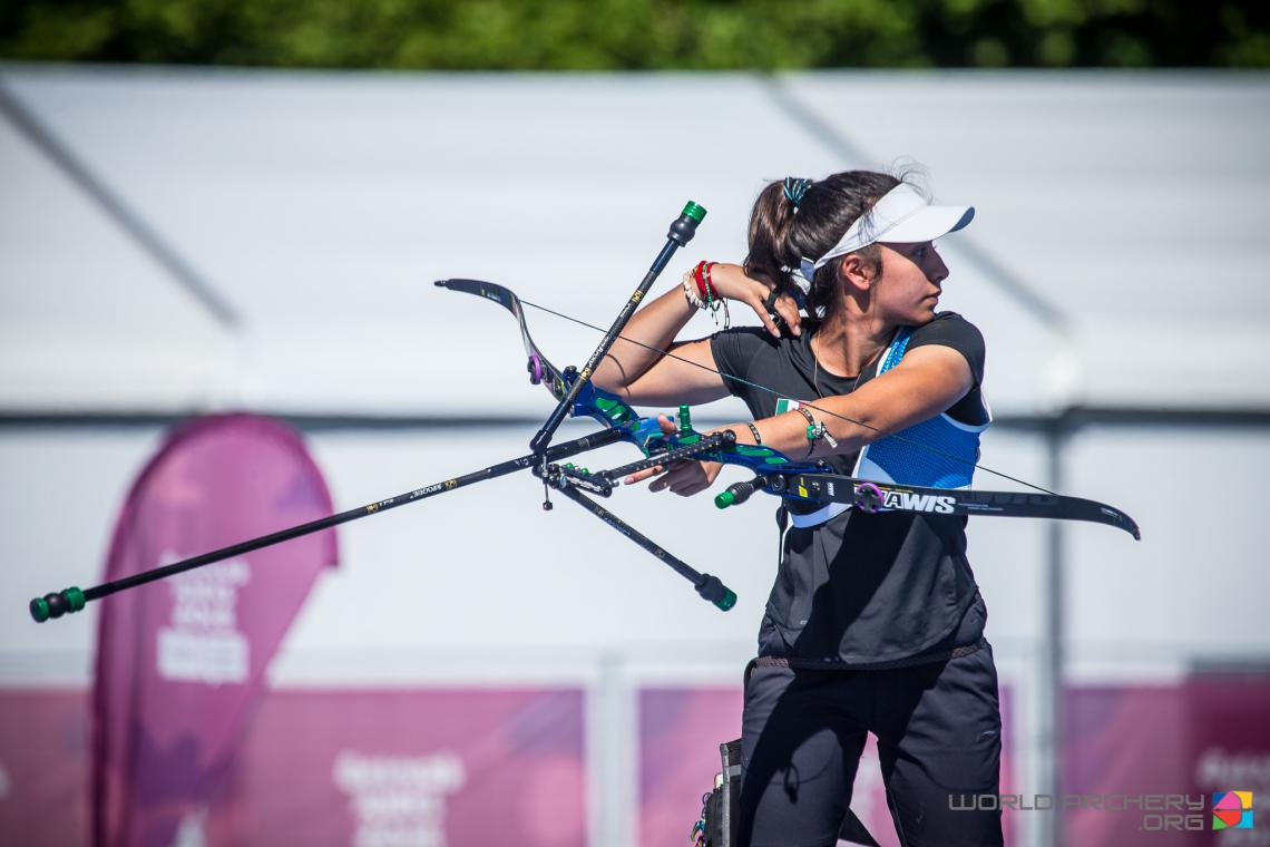 Valentina Vazquez shoots during the Youth Olympic Games in 2018.