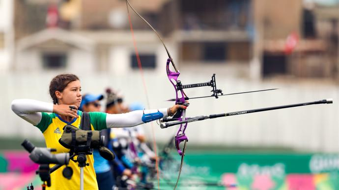 Ana Machado shoots at the Pan American Games in 2019.