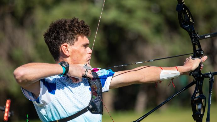 Nicholas D'Amour shoots during eliminations at the European Grand Prix in Antalya in 2021.
