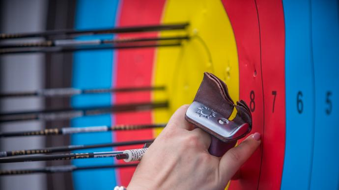 Marking arrowholes during the first stage of the 2021 Hyundai Archery World Cup in Guatemala City.