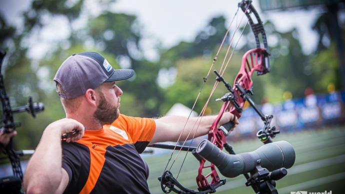 Mike Schloesser shoots during qualification at the first stage of the 2021 Hyundai Archery World Cup in Guatemala City.