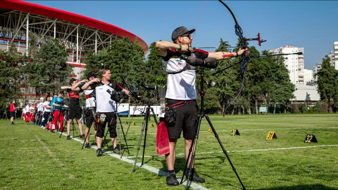 Archers shoot during practice at the European Grand Prix in Antalya in 2021.